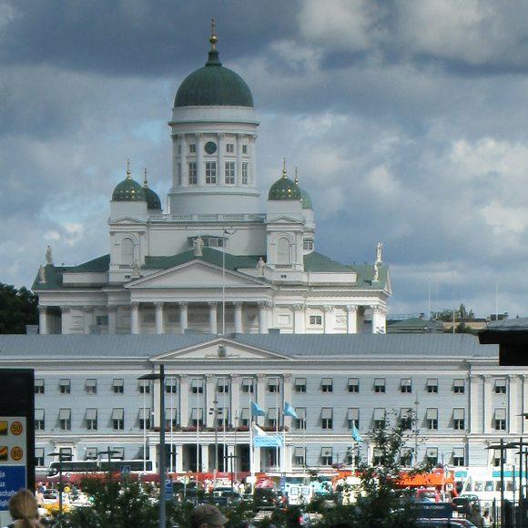 Helsingin Keskusta vaatii loppua valtataistelulle