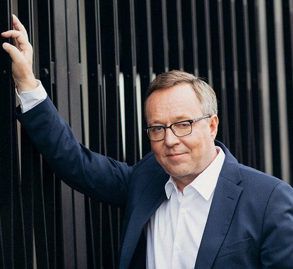 Elinkeinoministeri Mika Lintilä: Luvitusta sujuvoittamalla vihreät investoinnit liikkeelle, ei kehystä venyttämällä