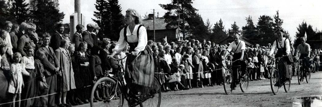 MNL Liittojuhlat Kiuruvedellä 1947