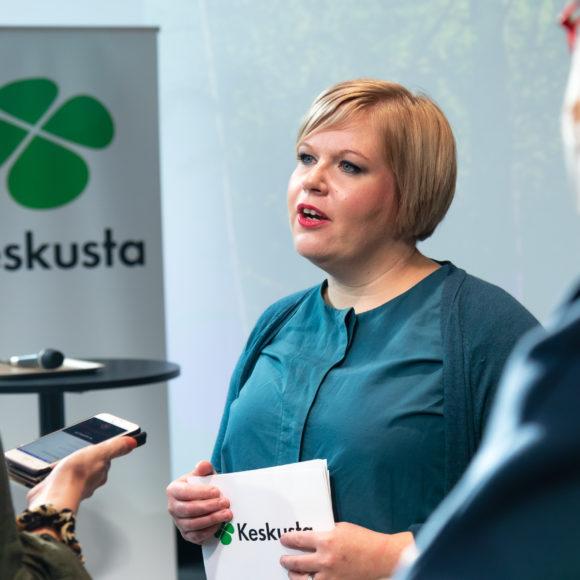 Saarikko: Puolustusministeriö näyttää suuntaa - etätyö ei jää vain koronailmiöksi