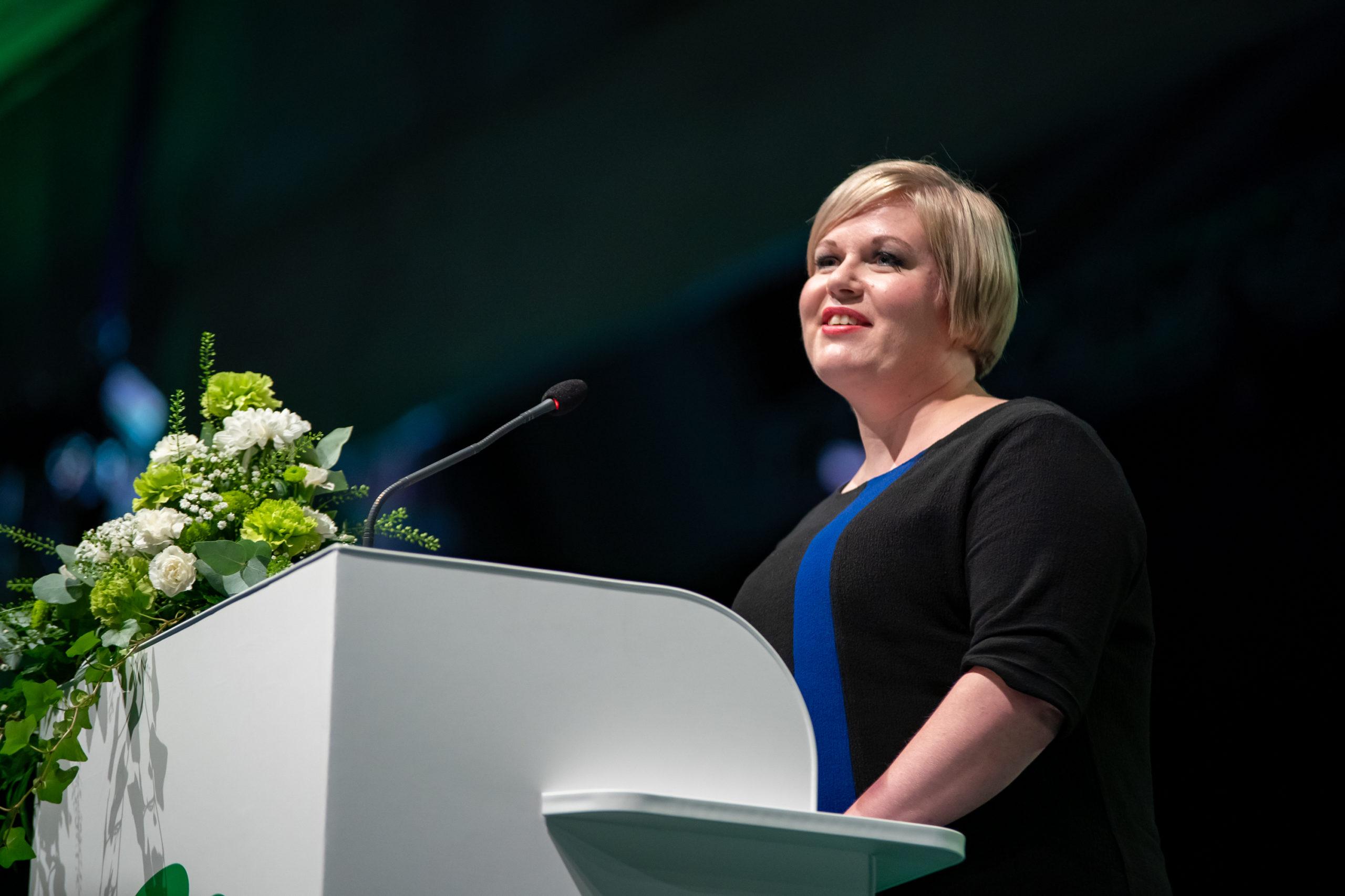 Annika Saarikko puoluekokouksen valinta puheenjohtajaksi