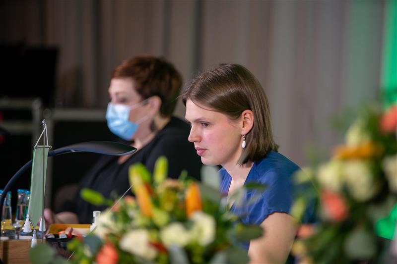 Puoluevaltuuston puheenjohtaja Liina Tiusanen